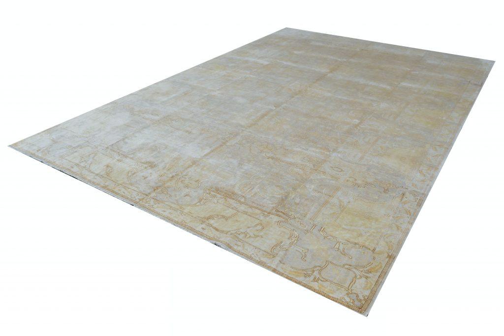 Vintage Persian Rug 255 x 370 cm
