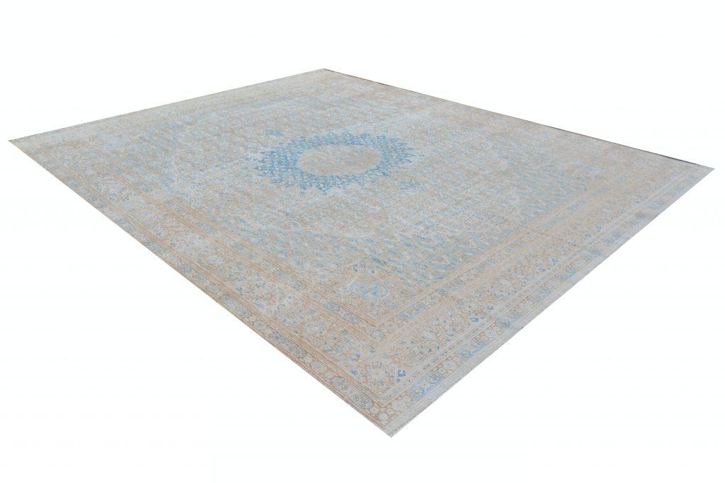 Vintage Persian Rug 280 x 352 cm