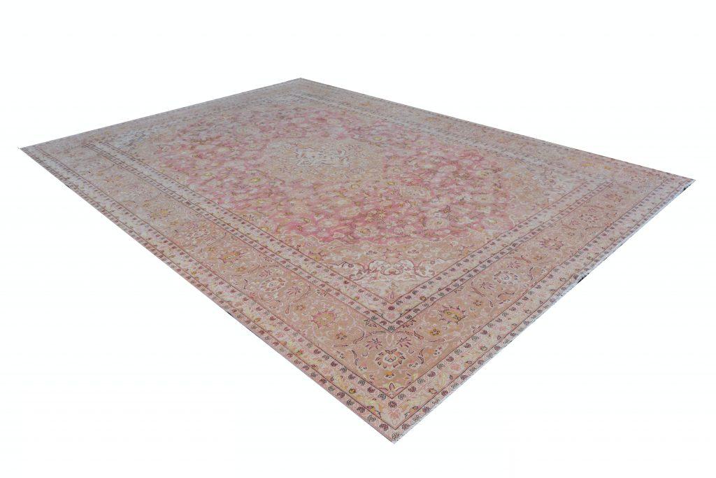 Vintage Persian Rug 283 x 380 cm