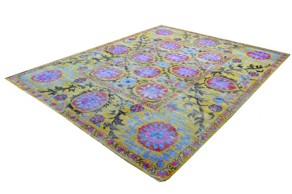 Bright Side of the Sari Silk